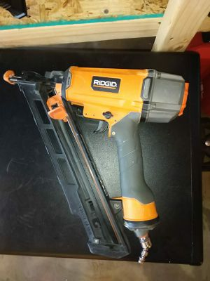 FINISH ANGLE NAILER 15GA RIDGID for Sale in Phoenix, AZ