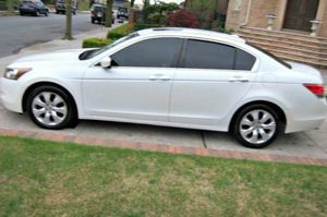Nothing Wrong Honda Accord 2010 FWDWDWheels for Sale in Chandler, AZ