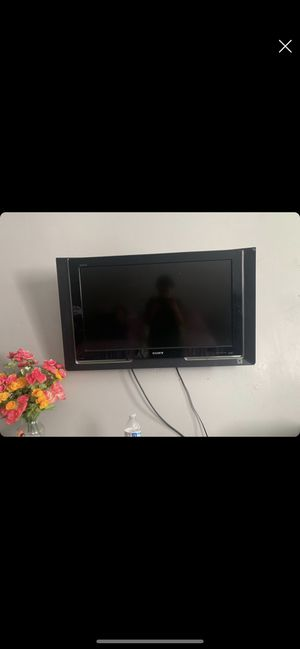 36inch Sony Tv // Remote & Batteries Included for Sale in Los Angeles, CA