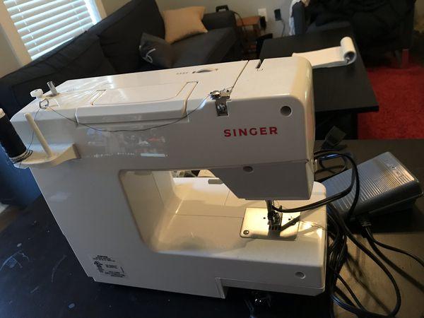 Singer 1512 sewing machine