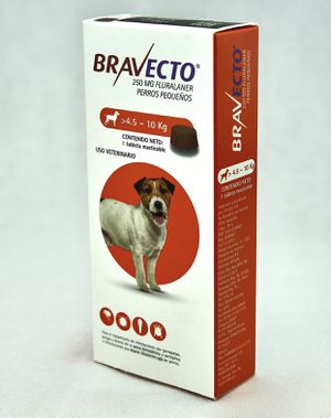 Bravecto Flee and tick protection all dog size (lasts 3 months) for Sale in San Diego, CA