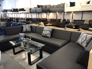 Black 12ft 3pc U sectional sofa couch on SALE SALE for Sale in Hialeah, FL