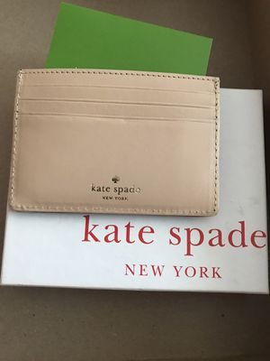 Kate spade wallet for Sale in Elk Grove Village, IL