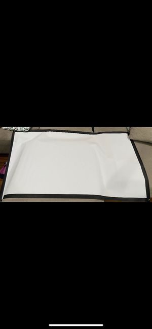 """75"""" projector screen for Sale in North Plainfield, NJ"""