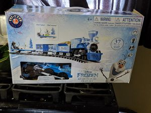 Lionel Disney frozen train set for Sale in Des Moines, IA