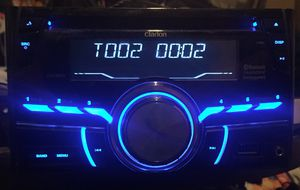 Clarion double din car cd with Bluetooth for Sale in Allison Park, PA