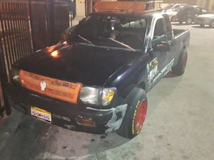 Toyota Tacoma 99 automatic everything works perfect trian horn flow master k&n 2 doors roof rack dish rims everything works perfect for Sale in Miami, FL