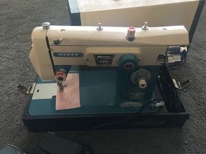 Morse MZZ sewing machine for Sale in Stockton, CA