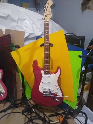 Squier Bullet by Fender Stratocaster very good condition few paint chips help you start your relic project. Awesome color fully set up! for Sale in Spring, TX