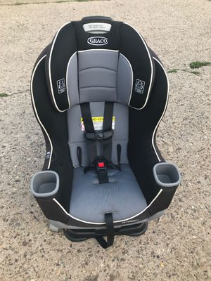 Graco convertible car seat for Sale in Philadelphia, PA