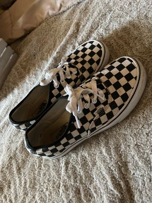 Size 6 men checkered vans for Sale in Rio Linda, CA