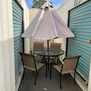 Patio Furniture Set for Sale in Paramount, CA