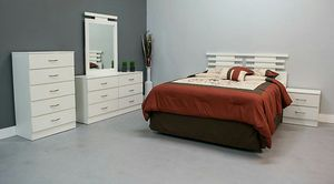Queen Bedroom Set Brand NEW for Sale in North Miami, FL