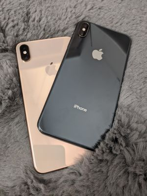 Apple iPhone XS MAX unlocked for Sale in Kent, WA