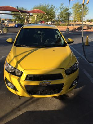 2015 Chevy sonic for Sale in Maricopa, AZ