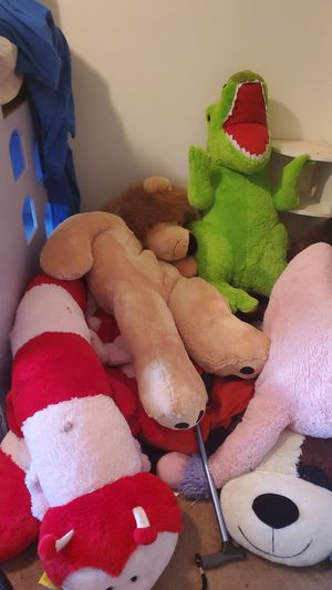 Free large stuffed animals and activity table for Sale in Seattle, WA