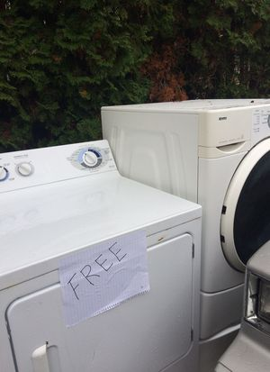 Kenmore Washer and Dryer free for Sale in Covington, WA