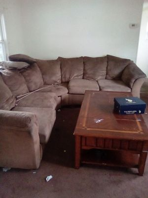 Coffee table and couch for Sale in Green Lane, PA