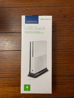 New Insignia XBOX ONE S USB Dock stand for Sale in St. Petersburg, FL
