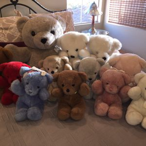 Dakin Cuddles stuffed animal bear collection for Sale in San Diego, CA