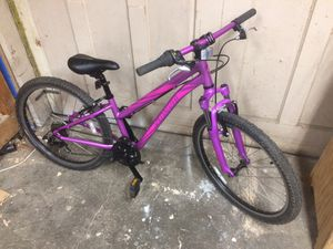 "Specialized hotrock 24"" youth mountain bike for Sale in Port Orchard, WA"