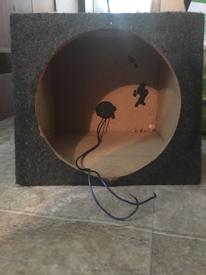 15'' Subwoofer box for Sale in Columbus, MS