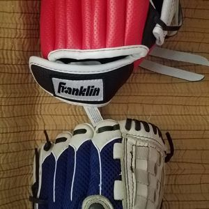 BASEBALL GLOVES. EACH $25. for Sale in Pearland, TX