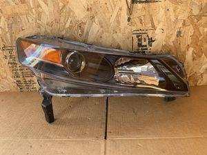 Headlight ACURA TL 2009 2010 2011 2012 2013 2014 for Sale in Los Angeles, CA