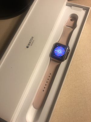 Apple Watch series 3 gps/cellular rose gold for Sale in Pasco, WA