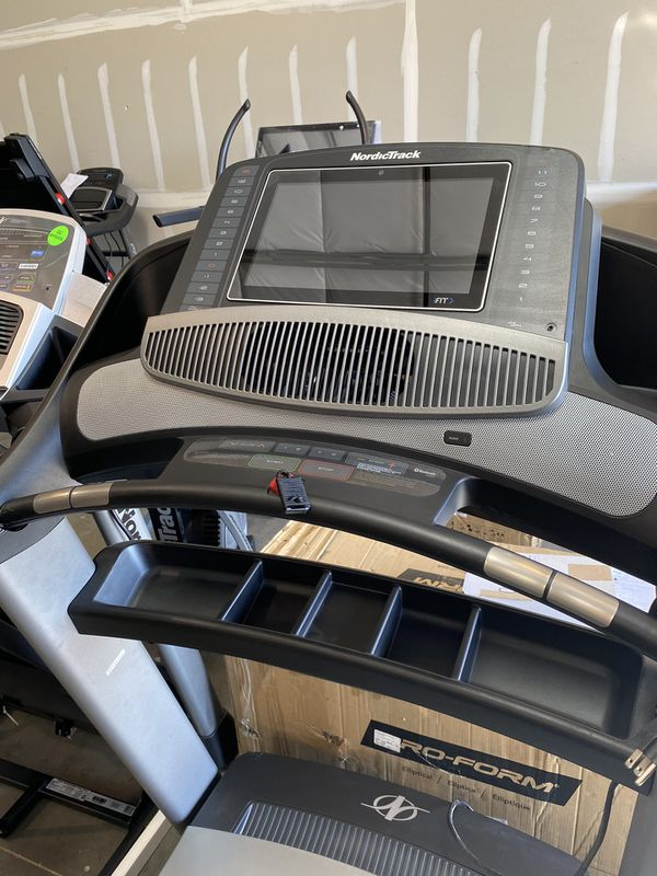 2020 NordicTrack Commercial 2450 Treadmill