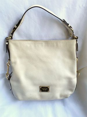 Michael Kors pebbled leather purse for Sale in Lynnwood, WA