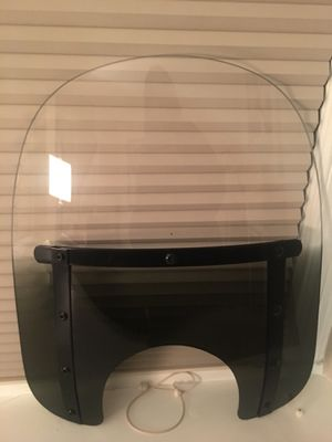Memphis Shade slim windshield 15 inch for Sale in Chevy Chase, MD