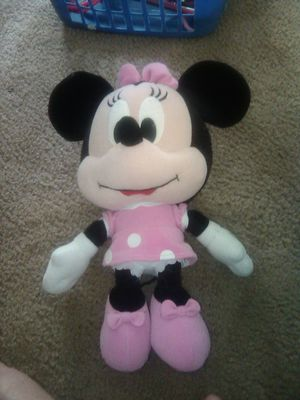 "15"" Minnie Mouse Stuffed Toy for Sale in Auburn, WA"