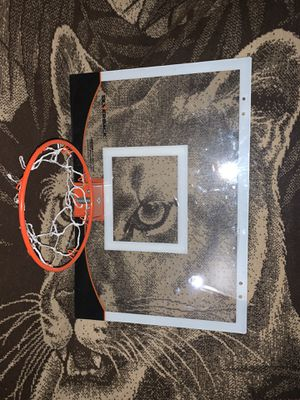 Miniature basketball hoop great condition basketball not included for Sale in Moapa Valley, NV