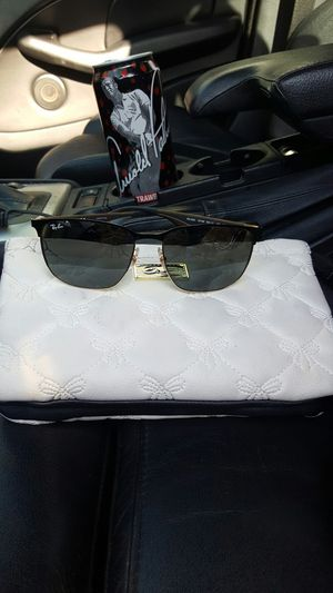 2 PAIRS OF RAY BANS SUNGLASSES for Sale in Puyallup, WA