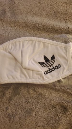White adidas mask for Sale in Whittier, CA