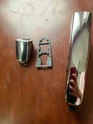 Door handle malibu for Sale in Hamtramck, MI