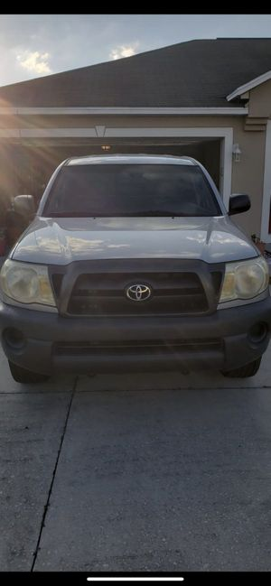 toyota tacoma 2005 2.7l for Sale in Kissimmee, FL