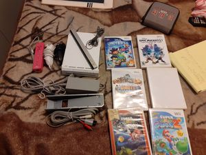 2 wii bundle 10 games for Sale in Tacoma, WA