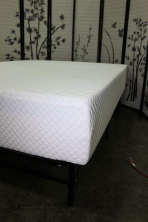 10inch Tempo Breeze Gel Memory Foam Mattress, Queen for Sale in Downey, CA