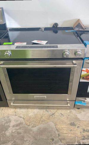 Kitchen aid KSEG700ESS electric stove ☺️☺️☺️ VE for Sale in San Antonio, TX