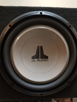 """JL Audio 12"""" Subwoofers (12W1v2-4) With Solid Custom Box for Sale in Littleton, CO"""
