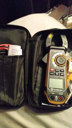 Southwire trueRMS clamp meter for Sale in Capitol Heights, MD