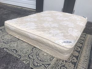 "AirDream Hypoallergenic Inflatable Mattress with Electric Hand Pump for Sleeper Sofas, 60"" Queen for Sale in UPPER ARLNGTN, OH"