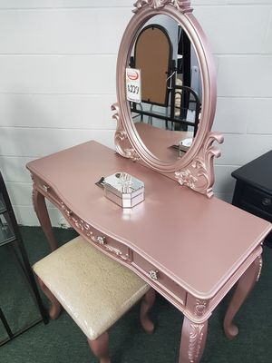 VANITY MAKEUP MIRROR for Sale in Lakewood, CA