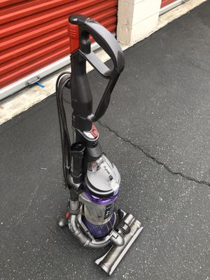 Dyson Dc25 excellent conditions for Sale in Ontario, CA