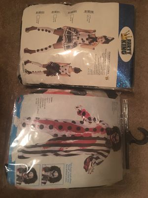 Halloween clown costumes men and women for Sale in Baytown, TX