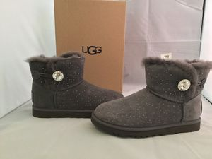 Ugg mini bailey button constellation grey size 6 for Sale in San Francisco, CA