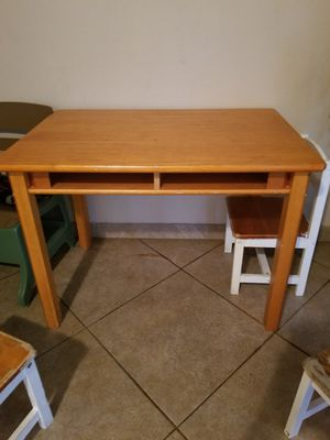 Desk for Sale in Apopka, FL