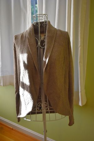 H&M size medium ribbed cardigan sweater for Sale in Baltimore, MD